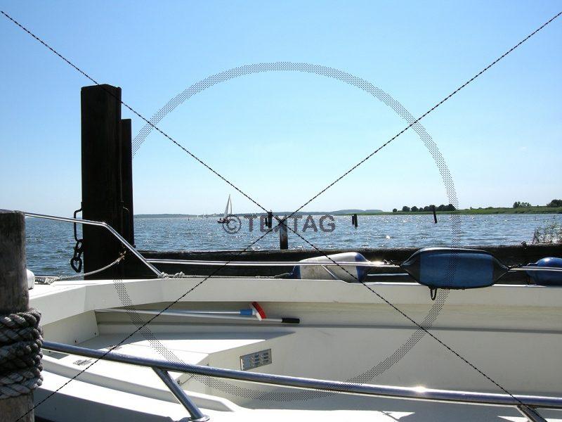 Motorboot, Segelboote am Breeger Bodden (29) W-DSCN1915